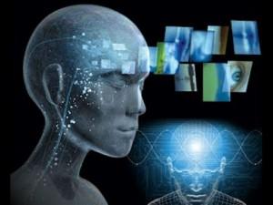 Lidstvo údajně časem vyvine technologii, která umožní kompletní mozek člověka okopírovat do počítače a z něj následně do nového těla.