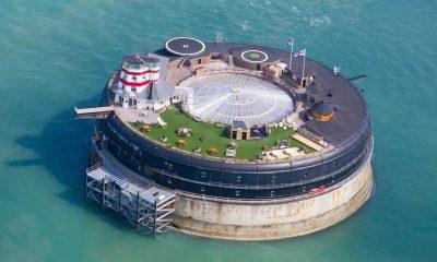 Pevnost No mans fort v úžině Solent sloužila k obraně britského pobřeží, dnes je v ní luxusní hotel.