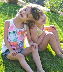 Siamská dvojčata Krista a Tatiana Hoganovy si dokonce dokáží číst myšlenky.