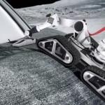 Automatičtí roboti by nasávaly prach z povrchu Měsíce, míchali jej dohromady s potřebnými chemikáliemi a směs pak používali ke stavbě.