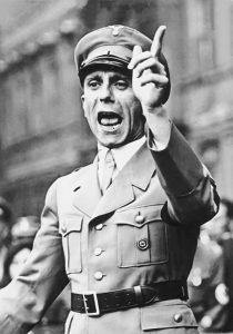 Goebbels volá po tvrdé odplatě.