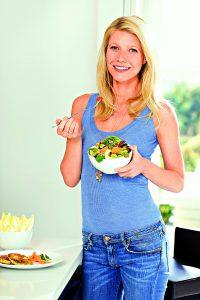 Gwyneth Paltrow ví, jak jíst tak, abyste se cíttili a vypadali skvěle.