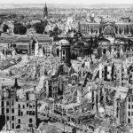 Goebbels za zničené město žádal smrt tisíců zajatců