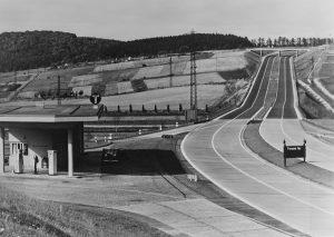 Německá dálnice ve třicátých letech