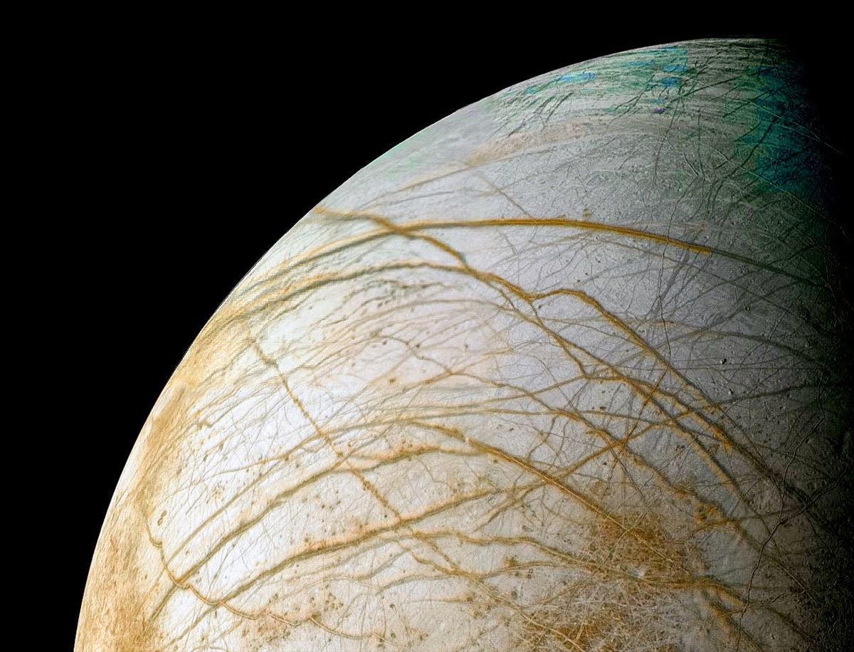 Na druhém místě se umístila Jupiterova oběžnice Europa.