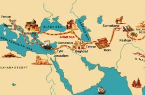 Na západ proudí hlavně porcelán, papír a koření, na východ zlato, stříbro, vlněné látky či víno.