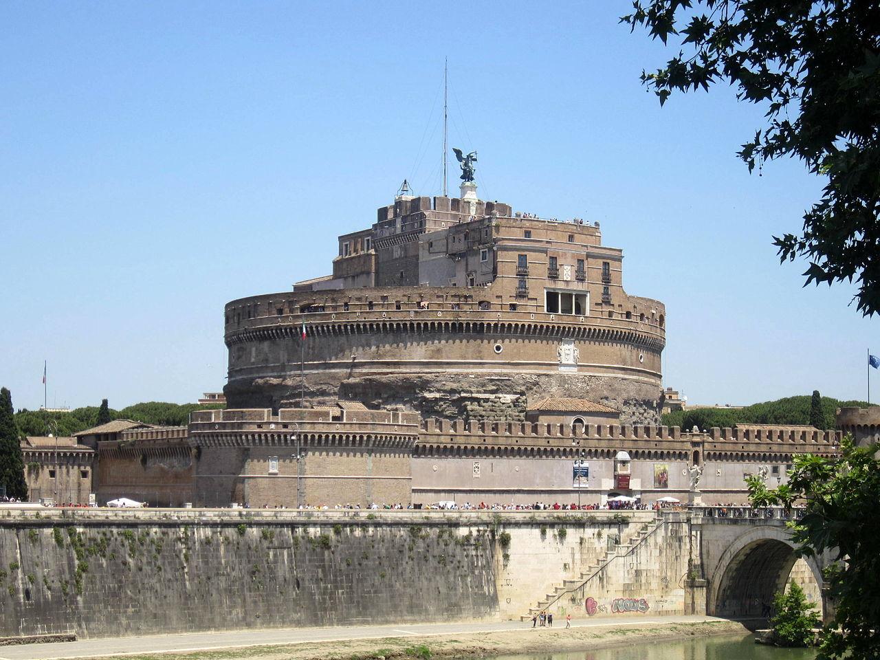 Andělský hrad: Papežové postavili pevnost na hrobech ...