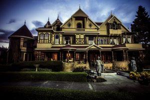 Prokletý dům Winchesterů