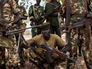 Zvrácené praktiky pojídání lidského masa se objevily i na počátku 21. století mezi gangy konžských rebelů.