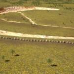 Počítačová simulace ukazuje, jak mohla být svatyně postavena před 4 tisíci lety. Kameny kopírovaly terénní val.
