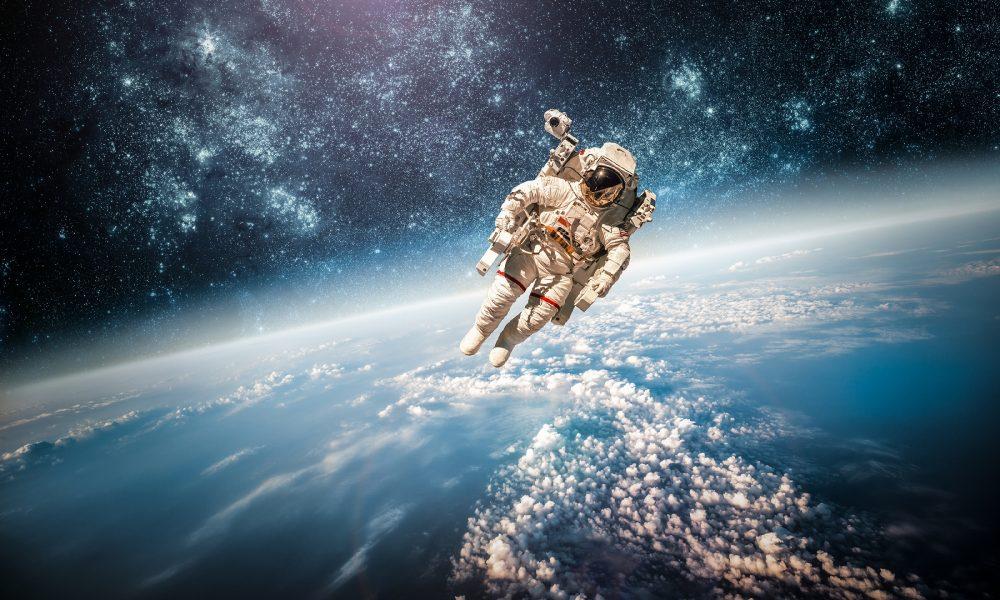 Ve vesmíru nejde ani krkat kvůli nepřítomné gravitaci. To znamená, že bublinky oxidu uhličitého v perlivých nápojích zůstávají tam, kde jsou.