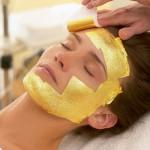Proti vráskám poslouží maska ze zlata